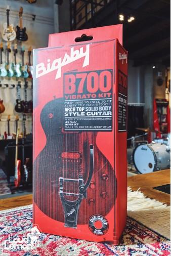 B700 Vibrato Kit Chrome комплект вибрато