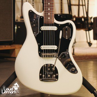 Fender American Professional Jaguar Olympic White 2017 USA электрогитара