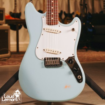 Fender Cyclone Daphne Blue 2000 USA электрогитара